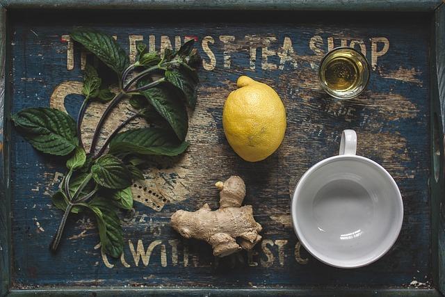 woda z imbirem, cytryną, kieliszek oleju lnianego